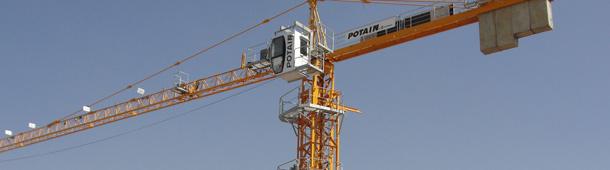 Pune-built-Potain-tower-crane-at-work-in-Bengaluru-Hi-Res